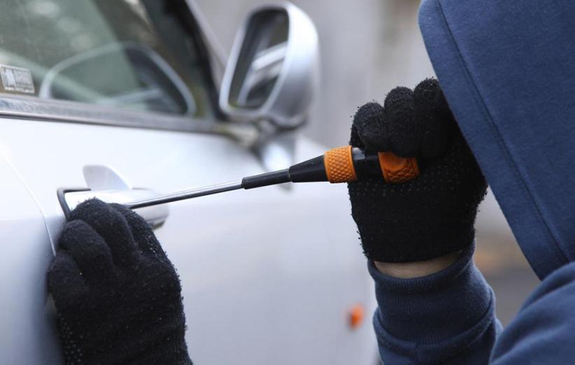 دستگاه استارتر و ضد سرقت خودرو